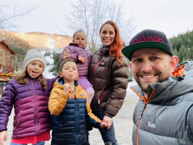 TL Family Photo Winter